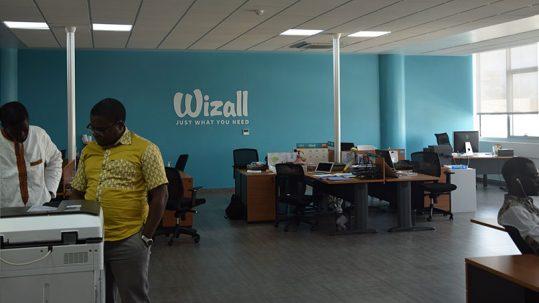 Dans les locaux de Wizall, à Dakar