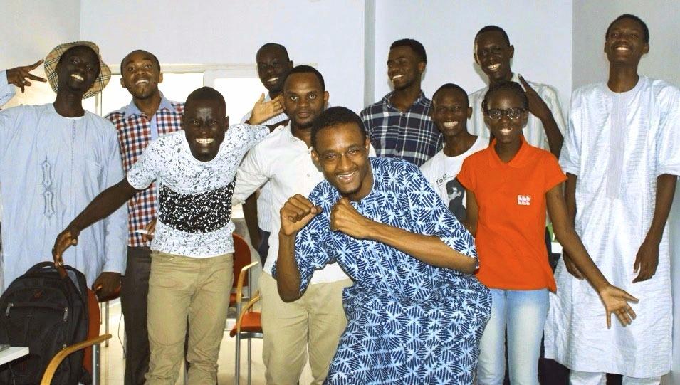 les étudiants du programme bakeli de volkeno